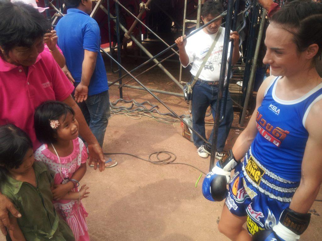 Little Thai Fans - Girls and Grandma Isaan