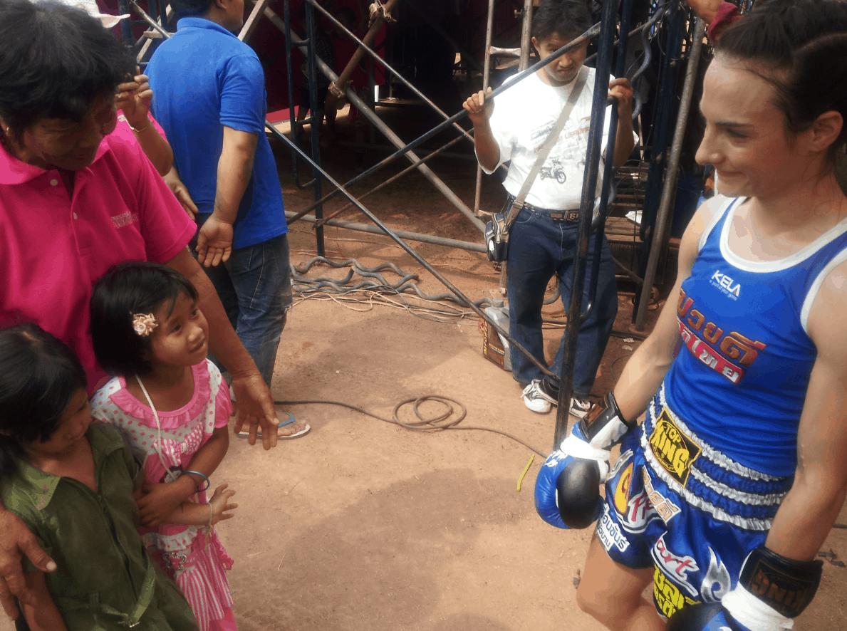 Two Little Thai Girls Before the Fight - Muay Thai - Sylvie von Duuglas-Ittu