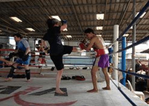 Mom - Muay Thai Kick - Sylvie