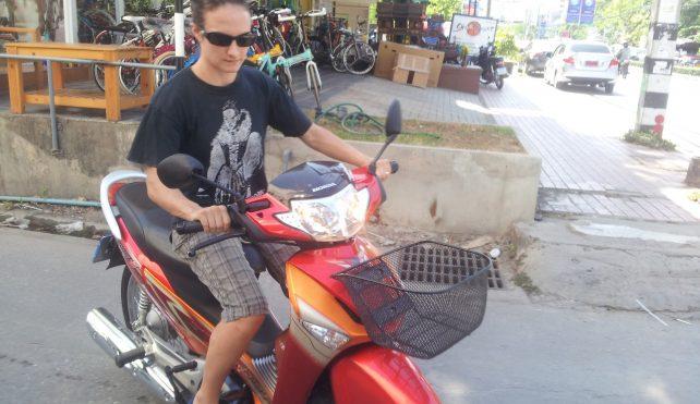Motorbikes and Chiang Mai – Residency, Purchasing a Honda