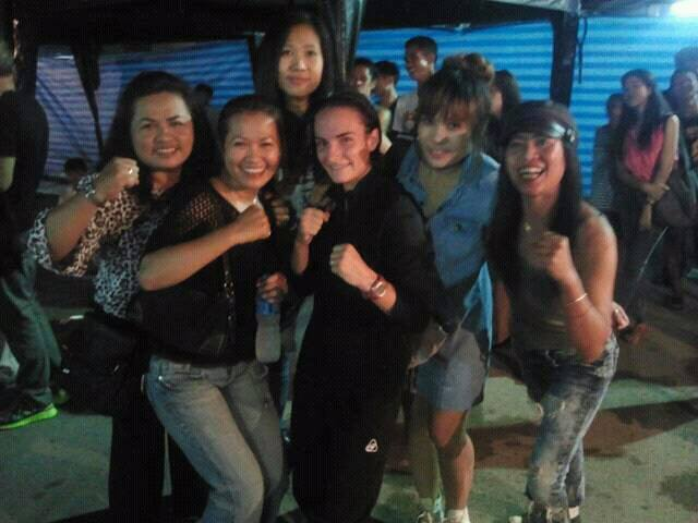 All Female Cheering Club - Muay Thai