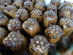Wooden Owls Hand Painted - Hang Dong Handicrafts - Chiang Mai Thailand