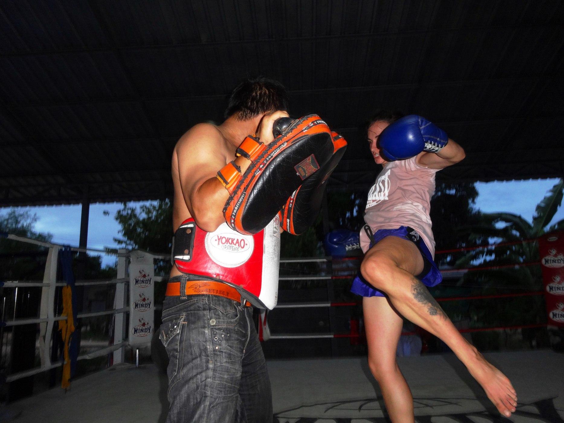 Color - Sylvie Kicking Pads - O Meekhun