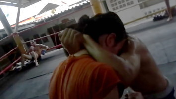 How to Crush the Head in the Thai Clinch - Crush the Head