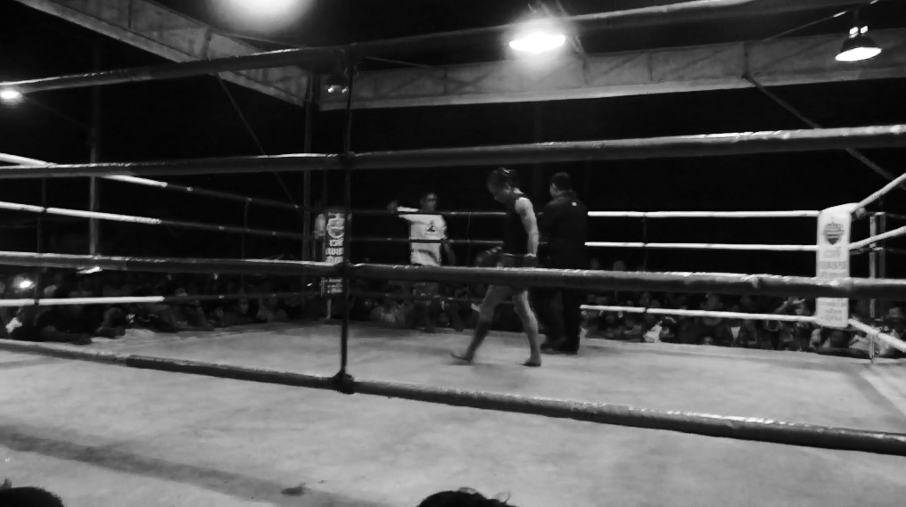 Fight 89 - Sylvie von Duuglas-Ittu - Namdtan A. Sit. Thailand Stalking the Ring