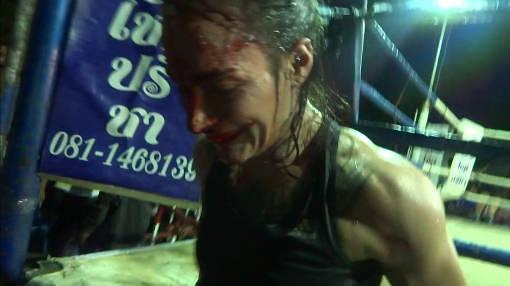 Sylvie vs Muangphet - smiling blood-r50