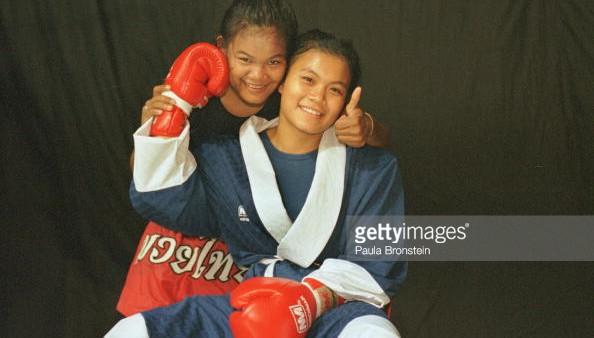 Soidao and Jaeda - Rangsit Stadium - May 2000