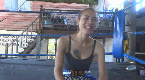 Angie Kathoey - Muay Thai Fighter - Pattaya-w1400