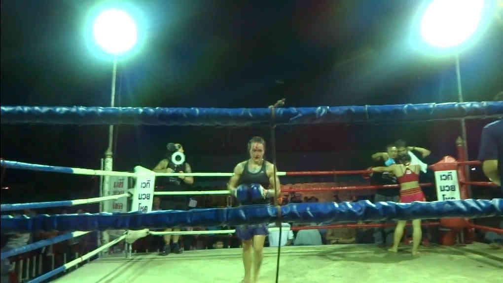 Sylvie vs Muangphet - bloody-w1400