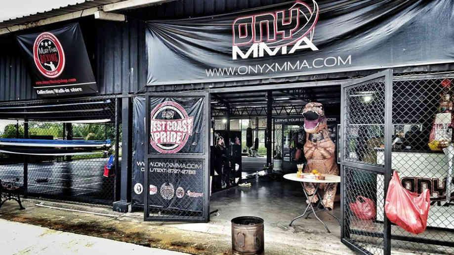 Onyx MMA - T-Rex-w1400
