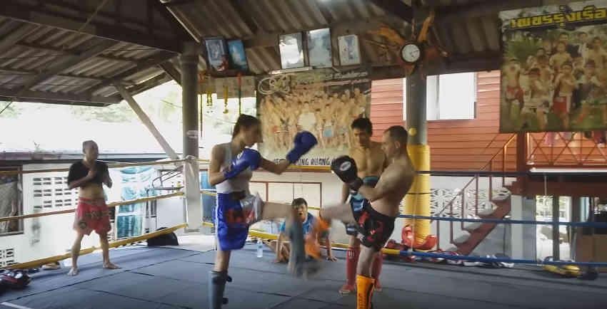 Angie Trans Man Sparrring Muay Thai - Pattaya-001