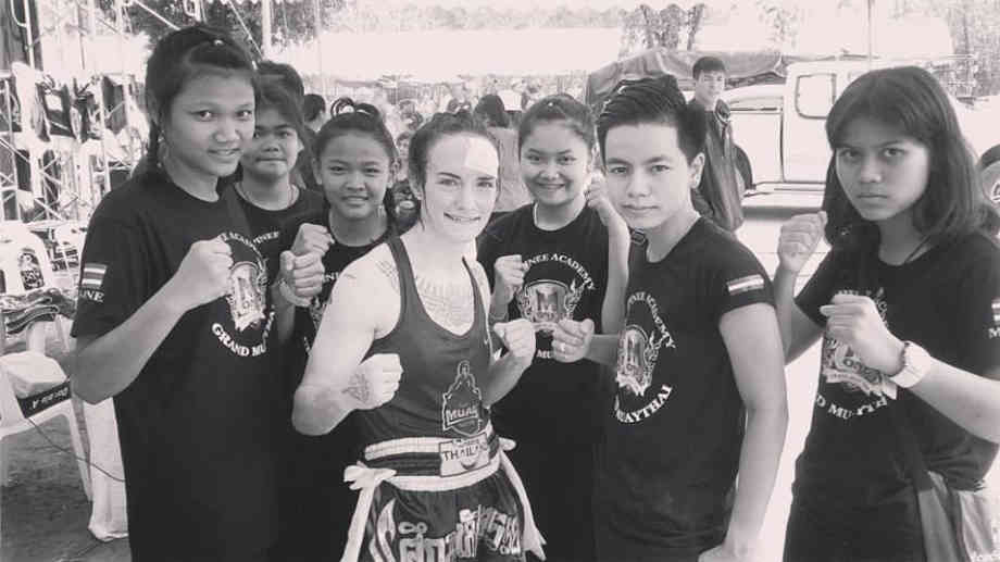 Yodying and her students - Sylvie in Ayutthaya-001
