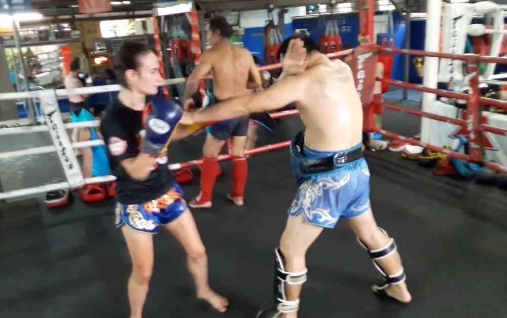 Dracula Guard - Daeng Lanna Muay Thai - chiang mai