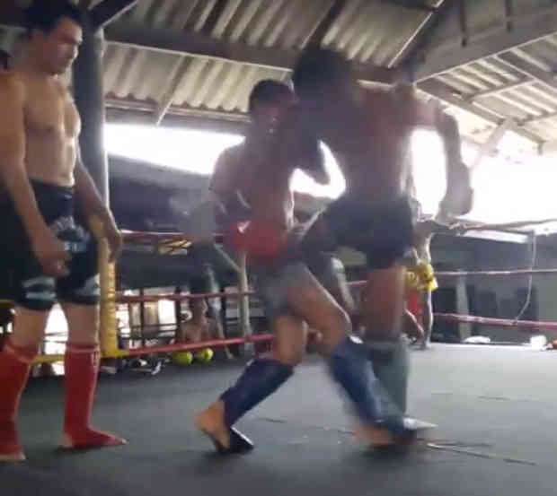 Petchrungruang Gym - Mock Fights - Hard Sparring