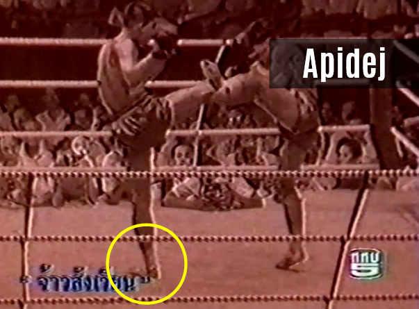 The Golden Kick - Apidej